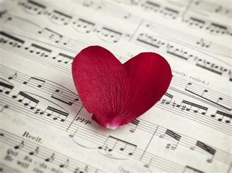 """32 perfekte """"Liebeslieder für ihn"""" (Klassik, Rock, Country & mehr)"""